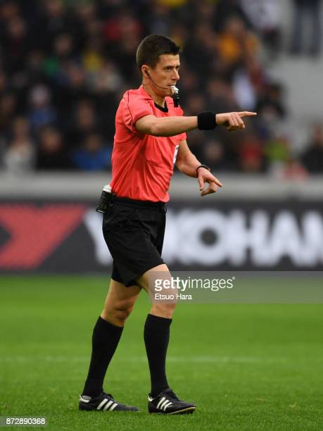 Referee Benoit Bastien gestures during the international friendly match between Brazil and Japan at Stade PierreMauroy on November 10 2017 in Lille...