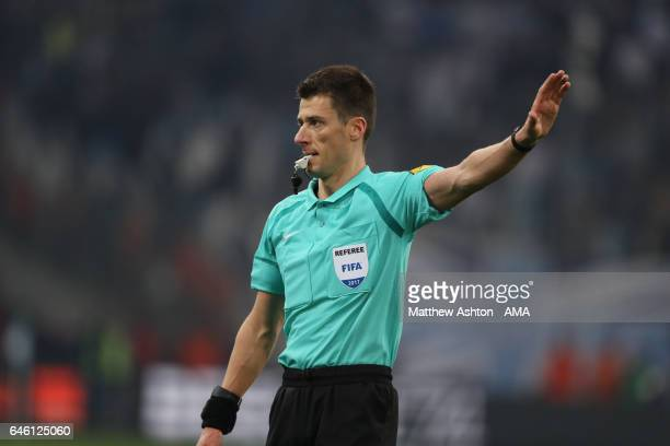 Referee Benoit Bastien referee during the French Ligue 1 match Marseille and Paris Saint Germain at Stade Velodrome on February 26 2017 in Marseille...