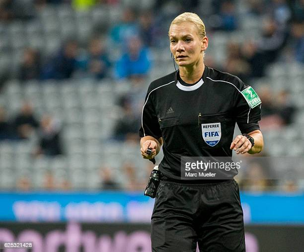 Referee Bibiana Steinhaus during the Bundesliga match between TSV 1860 Muenchen and 1 FC Kaiserslautern at Allianz Arena on November 21 2016 in...