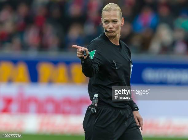 referee Bibiana Steinhaus gestures during the Bundesliga match between SportClub Freiburg and TSG 1899 Hoffenheim at SchwarzwaldStadion on January 26...