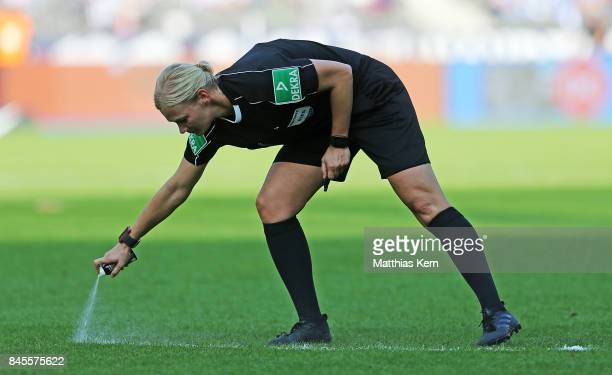 Referee Bibiana Steinhaus looks on during the Bundesliga match between Hertha BSC and SV Werder Bremen at Olympiastadion on September 10 2017 in...
