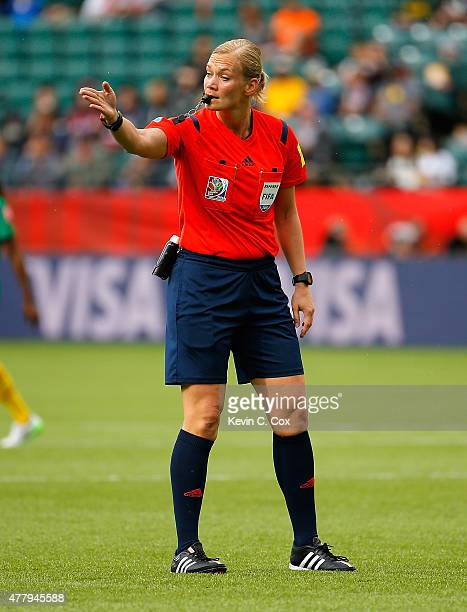 Referee Bibiana Steinhaus of Germany in action during the FIFA Women's World Canada 2015 Round of 16 match between China PR and Cameroon at...