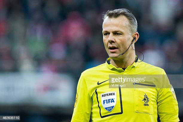 referee Bjorn Kuipers during the Dutch Eredivisie match between AZ and Heracles Almelo at the AFAS stadium on february 1 2015 in Alkmaar the...