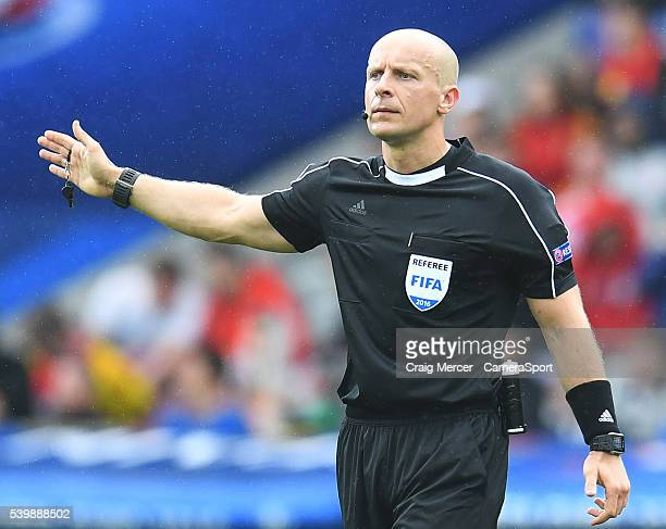 Referee Bjorn Kuipers during the UEFA Euro 2016 Group E match between Republic of Ireland and Sweden at Stade de France on June 13 2016 in SaintDenis...