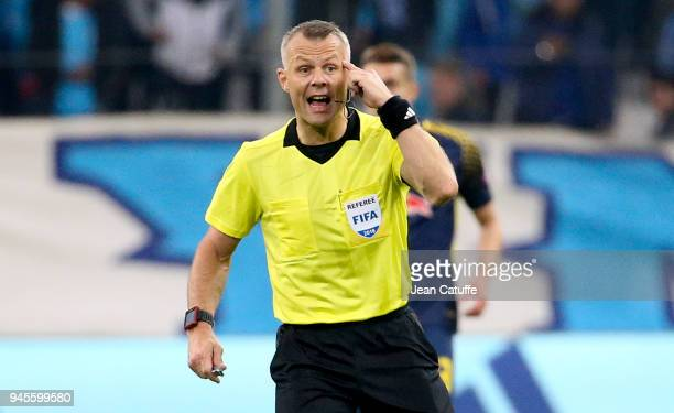 Referee Bjorn Kuipers during the UEFA Europa League quarter final leg two match between Olympique de Marseille and RB Leipzig at Velodrome stadium on...