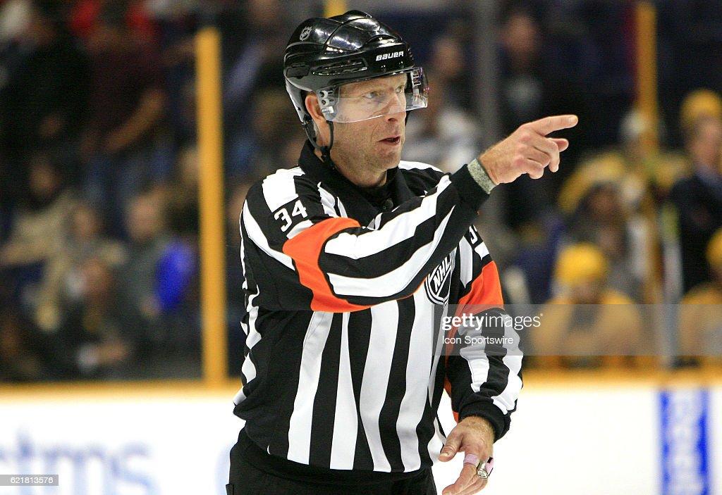 NHL: NOV 08 Senators at Predators : News Photo