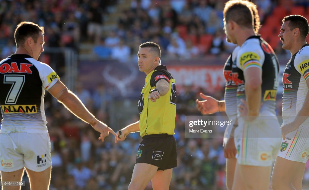 Referee Chris Sutton during the round six NRL match between the Penrith Panthers and the Gold Coast Titans on April 15, 2018 in Penrith, Australia.