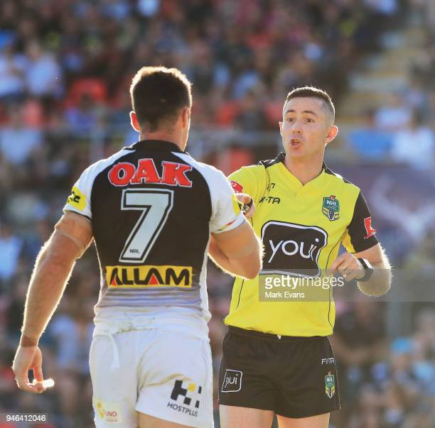 Referee Chris Sutton talks to James Maloney of the Panthers during the round six NRL match between the Penrith Panthers and the Gold Coast Titans on...