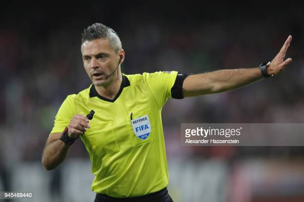 Referee Damir Skomina during the UEFA Europa League quarter final leg two match between RB Salzburg and Lazio Roma at Stadion Salzuburg on April 12...
