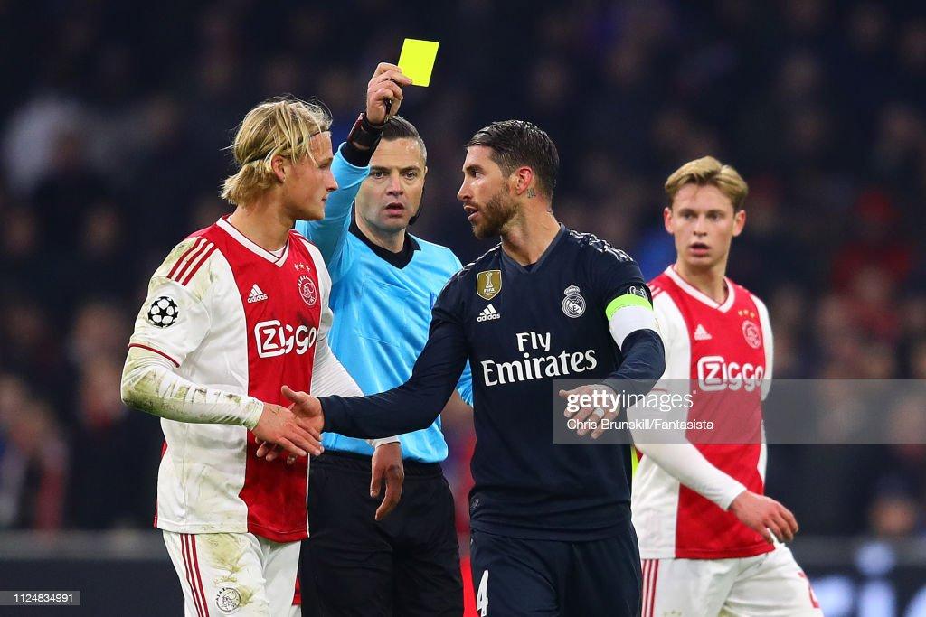 Ajax v Real Madrid - UEFA Champions League Round of 16: First Leg : News Photo