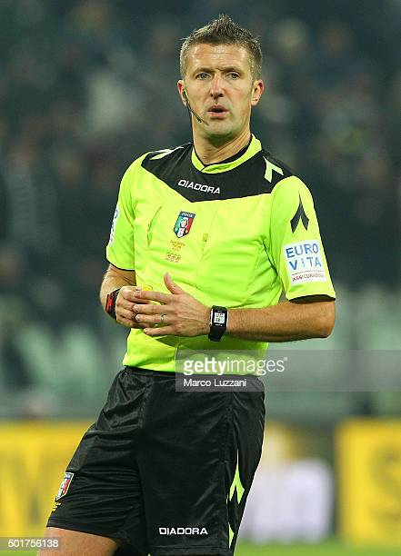 Referee Daniele Orsato looks on during the Serie A match betweeen Juventus FC and ACF Fiorentina at Juventus Arena on December 13 2015 in Turin Italy