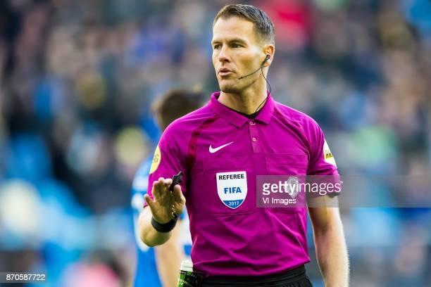 referee Danny Makkelie during the Dutch Eredivisie match between Vitesse Arnhem and PEC Zwolle at Gelredome on November 05 2017 in Arnhem The...