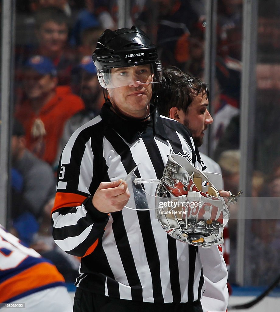 Detroit Red Wings v New York Islanders : News Photo