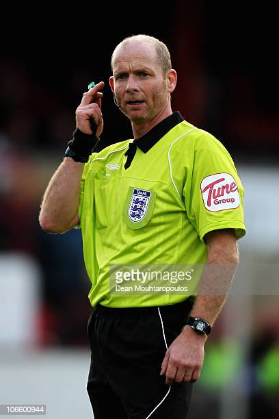 Referee Dave Phillips looks on during the Hayes and Yeading United FC and Wycombe Wanderers FA Cup 1st Round Proper match at Church Road on November...