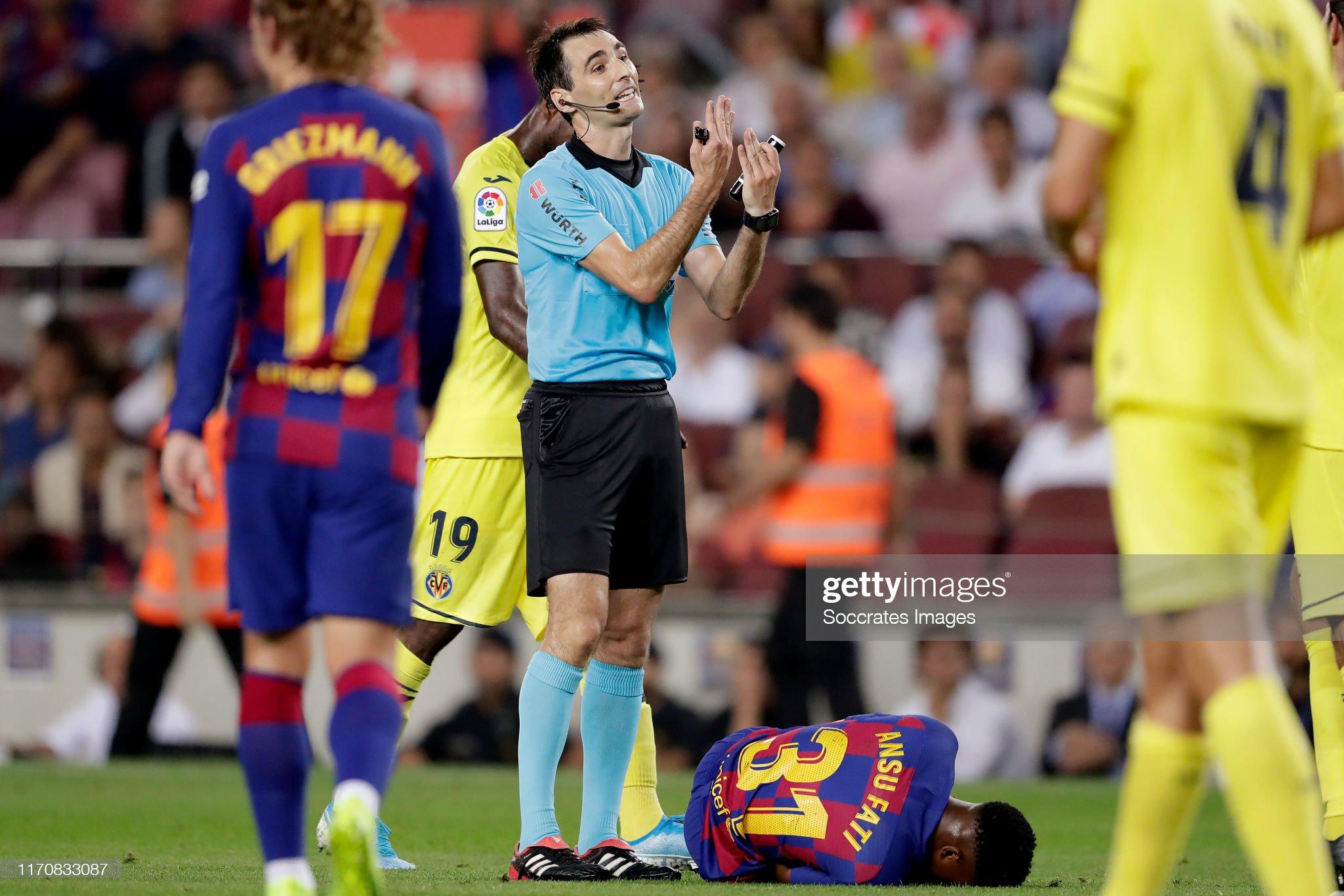 صور مباراة : برشلونة - فياريال 2-1 ( 24-09-2019 )  Referee-de-burgos-bengoetxea-ansu-fati-of-fc-barcelona-during-the-la-picture-id1170833087?s=2048x2048