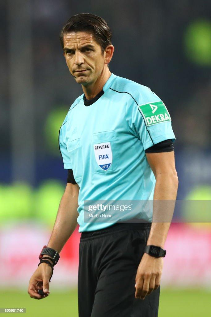 Referee Deniz Aytekin during the Bundesliga match between Hamburger SV and SV Werder Bremen at Volksparkstadion on September 30, 2017 in Hamburg, Germany.