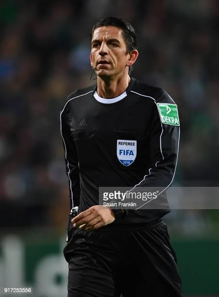 Referee Deniz Aytekin looks on during the Bundesliga match between SV Werder Bremen and VfL Wolfsburg at Weserstadion on February 11 2018 in Bremen...