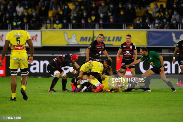 Referee during the Top 14 match between ASM Clermont and Stade Toulousain at Parc des Sport Marcel-Michelin on September 6, 2020 in Clermont-Ferrand,...