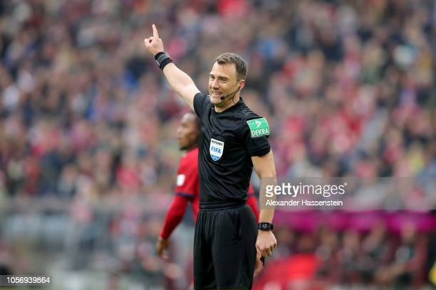 Referee Felix Zwayer reacts during the Bundesliga match between FC Bayern Muenchen and SportClub Freiburg at Allianz Arena on November 3 2018 in...