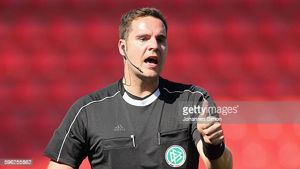 Referee Felix-Benjamin Schwermer in action during the the Third League match between Jahn Regensburg and VfR Aalen at Continental Arena on August 27,...
