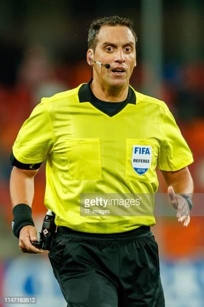 referee-fernando-rapallini-looks-on-during-the-2019-fifa-u20-world-picture-id1147163512?s=612x612