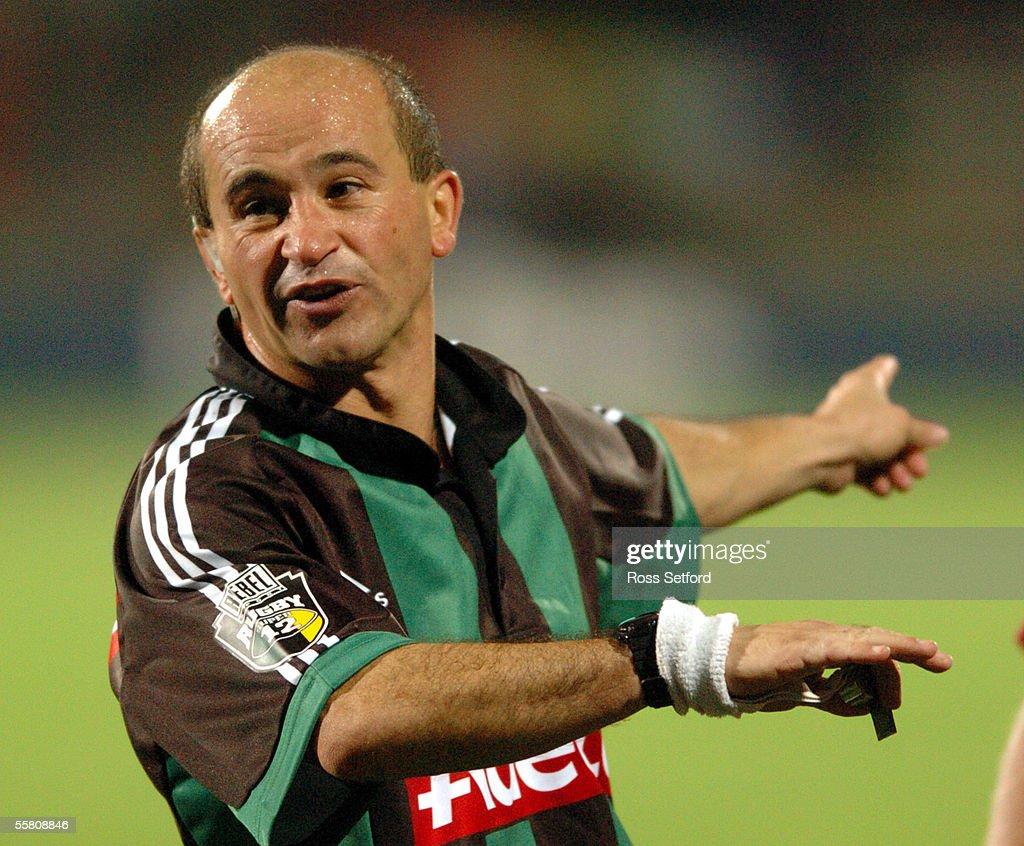 Referee George Ayoub, Australia in the Sharks High : News Photo