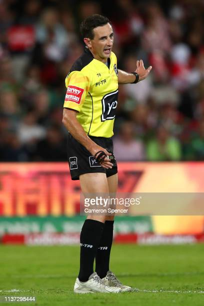 Referee Gerard Sutton looks on during the round two NRL match between the St George Illawarra Dragons and the South Sydney Rabbitohs at Netstrata...