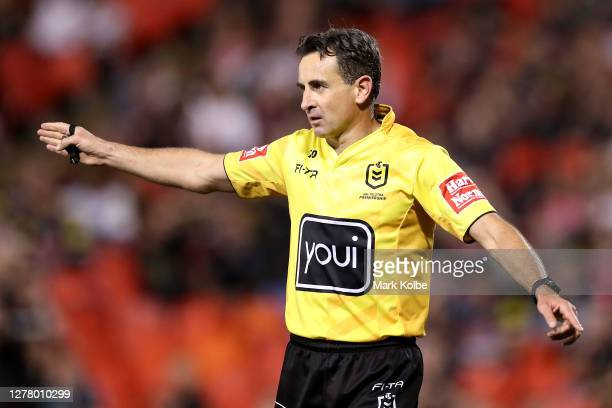 Referee Gerard Sutton signals during the NRL Qualifying Final match between the Penrith Panthers and the Sydney Roosters at Panthers Stadium on...