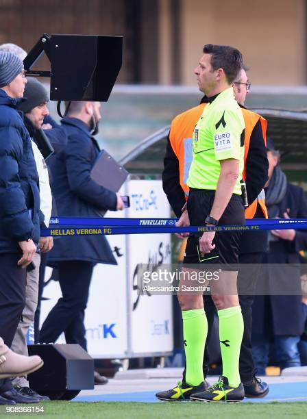 referee Gianluca Rocchi consult the VAR during the serie A match between Hellas Verona FC and FC Crotone at Stadio Marc'Antonio Bentegodi on January...