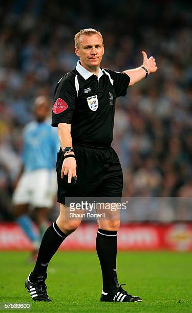 Referee Graham Poll in action during the Barclays Premiership match between Manchester City and Arsenal at the City of Manchester Stadium on May 4...