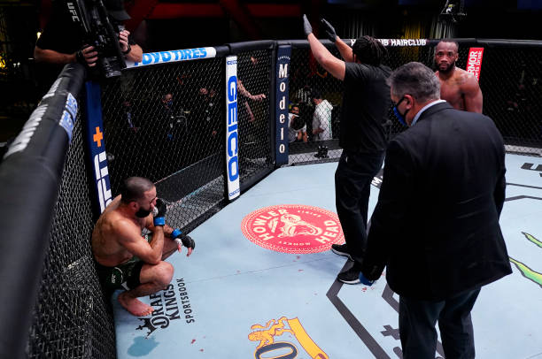 Referee Herb Dean calls off the fight between Bulal Muhammad and Leon Edwards of Jamaica after Muhammad was unable to continue due to an accidental...