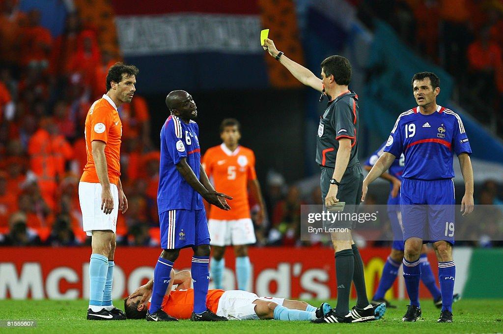 Netherlands v France - Group C Euro 2008 : News Photo