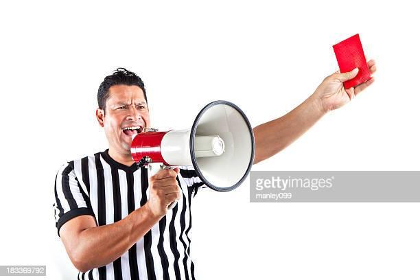 Arbitre tenant Porte-voix et Carton rouge