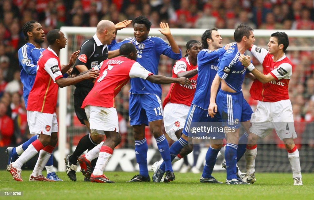 Carling Cup Final: Chelsea v Arsenal : News Photo