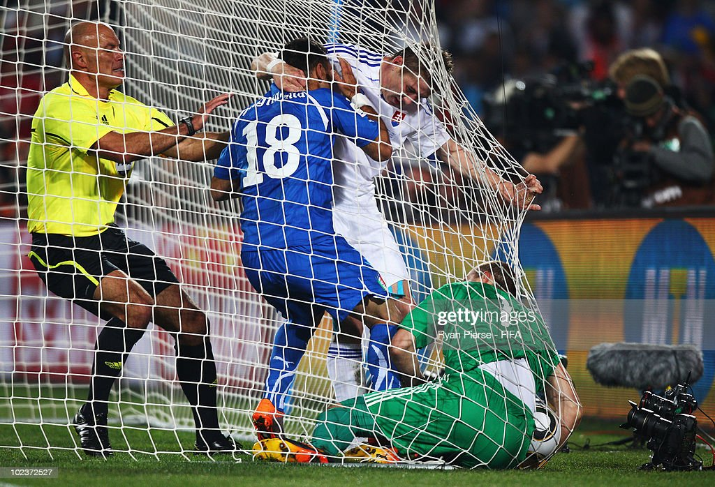 Slovakia v Italy: Group F - 2010 FIFA World Cup