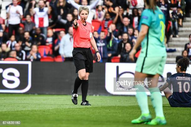 Referee Jana Adamkova decides to give a penalty for PSG during the Women's Champions League match between Paris Saint Germain and Barcelona at Parc...
