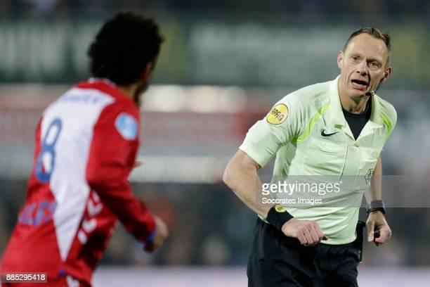 referee Janssen during the Dutch Eredivisie match between PEC Zwolle v FC Utrecht at the MAC3PARK Stadium on December 1 2017 in Zwolle Netherlands