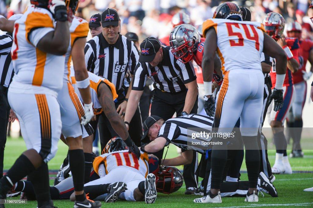 XFL: FEB 08 Los Angeles Wildcats at Houston Roughnecks : News Photo