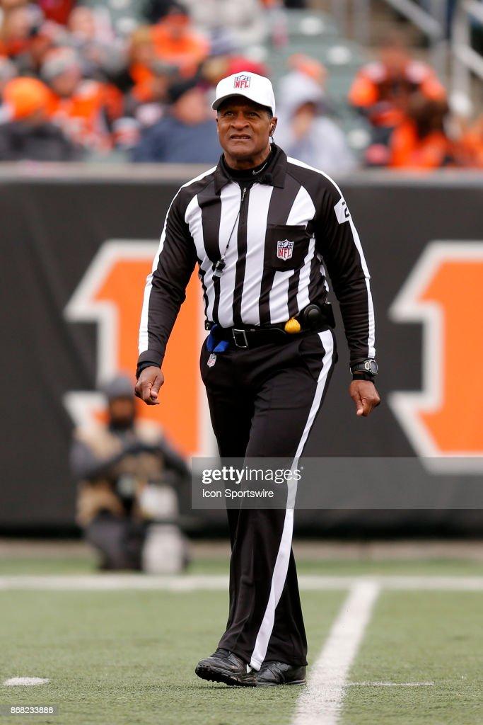 NFL: OCT 29 Colts at Bengals : News Photo