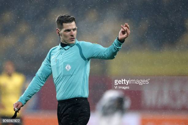 Referee Jochem Kamphuis during the Dutch Eredivisie match between Roda JC Kerkrade and Heracles Almelo at the Parkstad Limburg stadium on March 02...