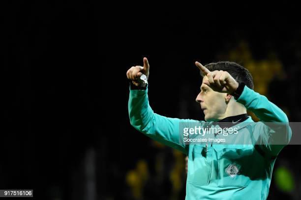 referee Jochem Kamphuis during the Dutch Jupiler League match between Go Ahead Eagles v FC Emmen at the De Adelaarshorst on February 12 2018 in...