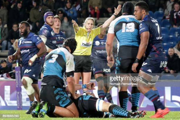 Referee Joy Neville gestures during the European Challenge Cup match between Union Bordeaux Begles and EnseiSTM at stade Chaban Delmas on December 15...