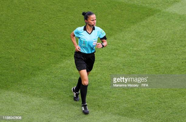 Referee Kate Jacewicz warms up prior to the 2019 FIFA Women's World Cup France Round Of 16 match between Sweden and Canada at Parc des Princes on...