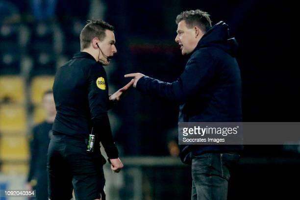 referee Laurens Gerrets coach John Stegeman of Go Ahead Eagles during the Dutch Keuken Kampioen Divisie match between Go Ahead Eagles v FC Eindhoven...