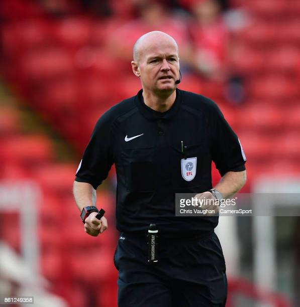 Referee Lee Mason during the Sky Bet Championship match between Barnsley and Middlesbrough at Oakwell Stadium on October 14 2017 in Barnsley England