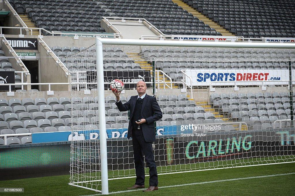 Newcastle United v Swansea City - Premier League : ニュース写真