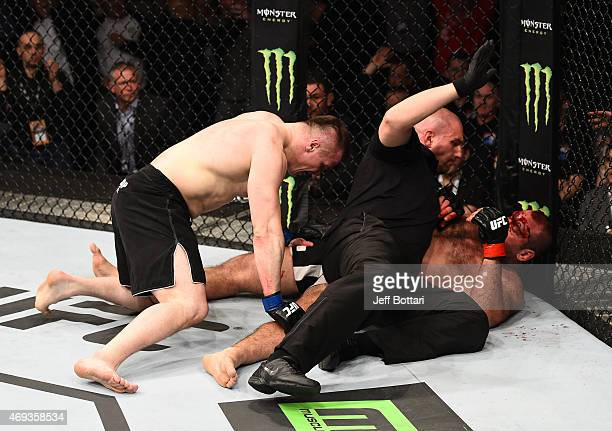 Referee Leon Roberts stops the fight as Mirko Cro Cop of Croatia defeats Gabriel Gonzaga of Brazil by TKO in their heavyweight fight during the UFC...