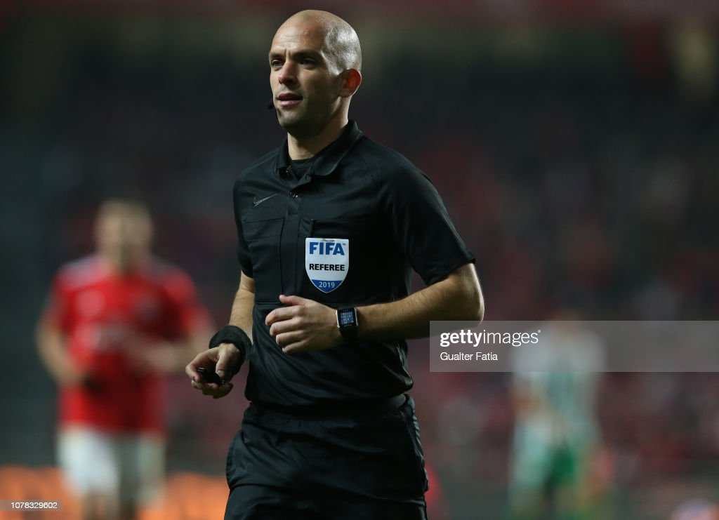 f5ca8c32ce6fca Referee Luis Godinho in action during the Liga NOS match between SL ...