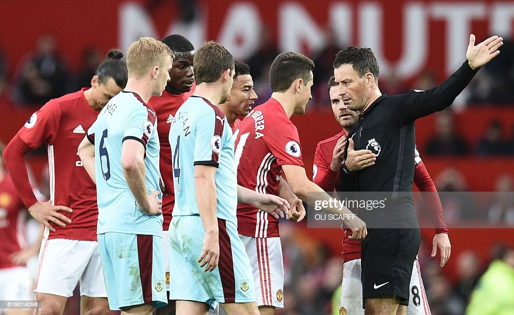 FBL-ENG-PR-MAN UTD-BURNLEY : News Photo