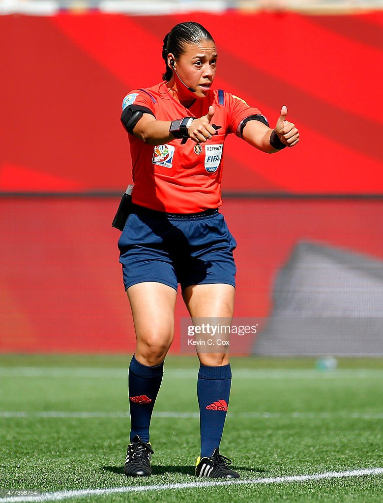 Ecuador v Japan: Group C - FIFA Women's World Cup 2015 : News Photo